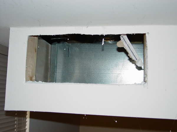 how to fix cornice coming away from ceiling