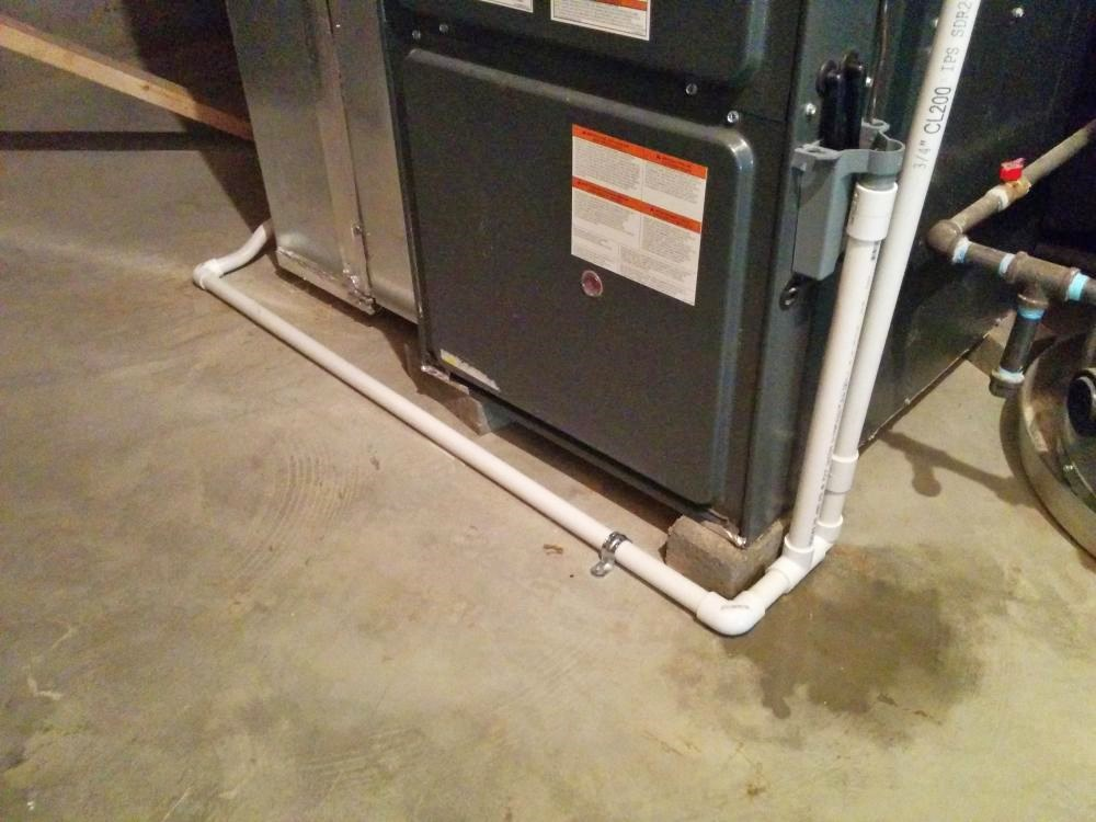 Gurgling Condensate Pipe Expels Water