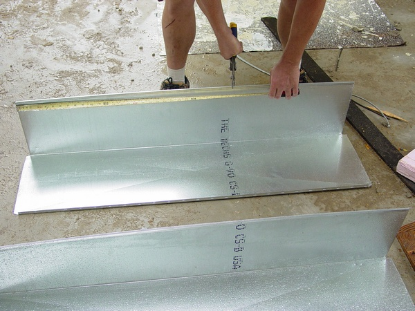 how to cut sheet metal ductwork